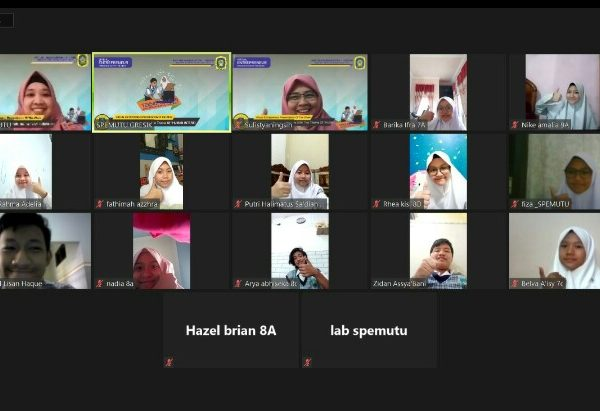 Dua Belas Siswa Spemutu Ikuti Virtual Entrepreneur Presentation of The Week