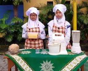 Terinspirasi dari Penderita Diabetes, Siswa Spemutu Olah Labu Menjadi Ice Cream Lembut
